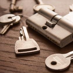 keys and lock mechanism
